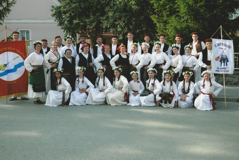 Photo of Folklorno društvo Otočac će predstavljati Liku na 24. susretu hrvatskih folklornih ansambala i izvornih skupina u Sisku