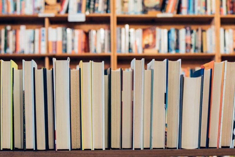 """Photo of Slunjski vodoinstalater i HDZ-ovac postao šef knjižnice: """"Nigdje ne piše da za vođenje biblioteke treba imati fakultet"""""""