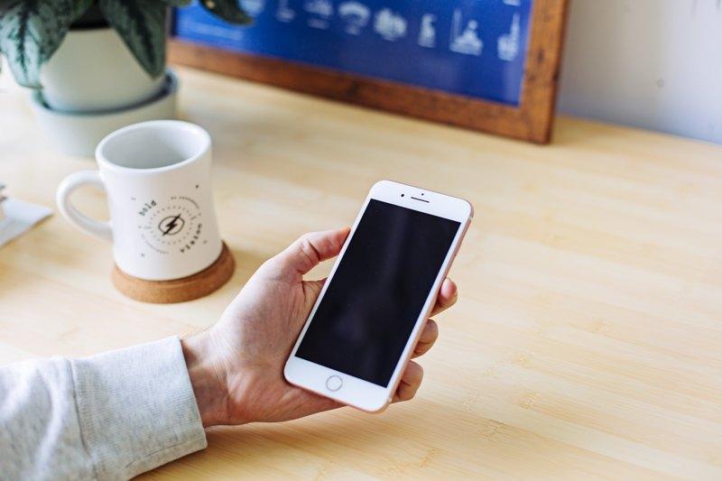 Photo of Vaš iPhone može vas snimati bez vašeg znanja
