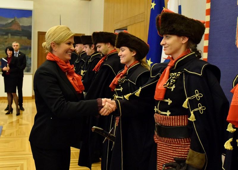 Photo of Predsjednica primila Kravat pukovniju na Pantovčaku