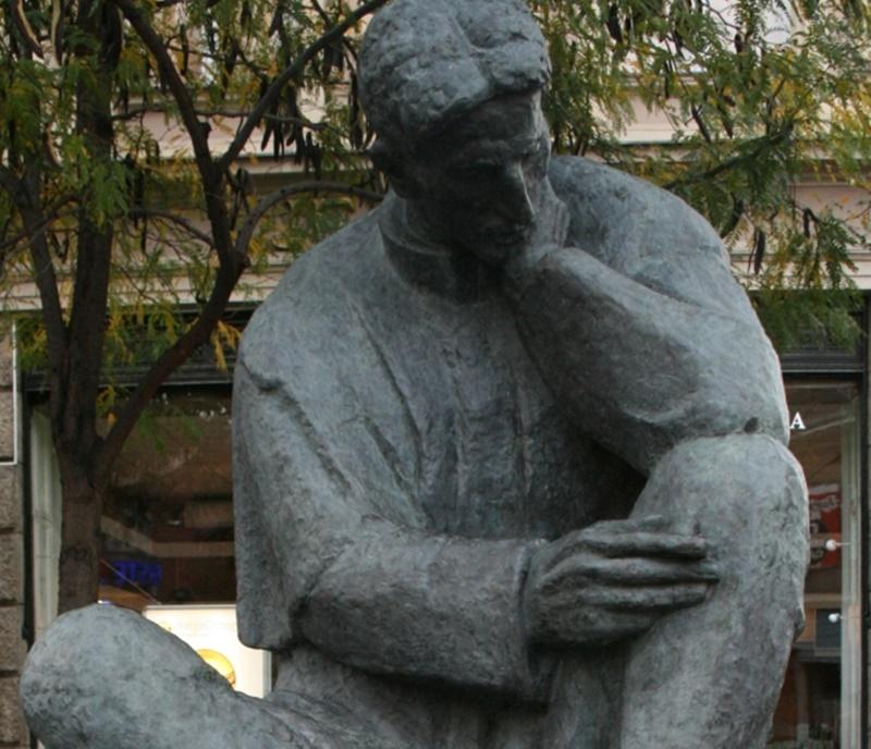 Photo of PRAZNO POSTOLJE: Gdje je nestao spomenik Nikole Tesle iz središta Zagreba?