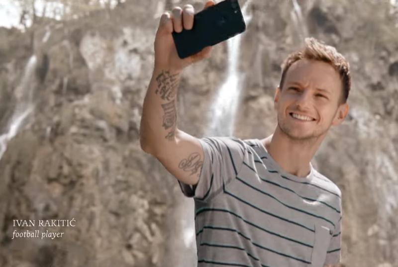 """Photo of VIDEO: Ivan Rakitić snima """"selfie"""" na Plitvičkim jezerima u novom spotu Hrvatske turističke zajednice"""
