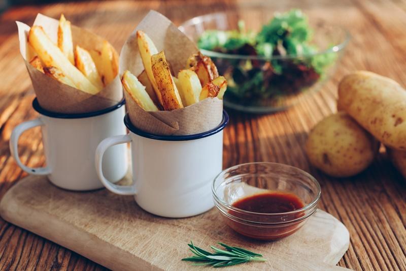 Photo of Europa će zabraniti čips i pržene krumpiriće?