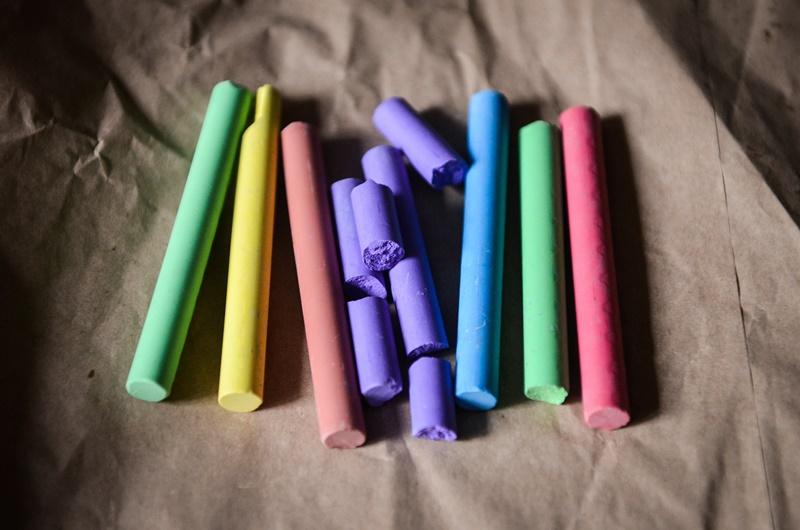 Photo of 7 kućanskih trikova s kredom koji će vam olakšati život
