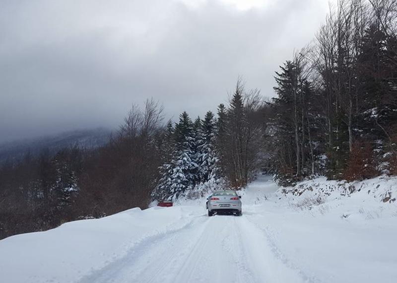Photo of PUSTOLOVINA U LICI: Alfisti osvojili snijegom zameteni Zavižan!
