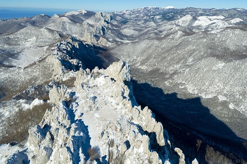Photo of Velebit u zagrljaju snijega i leda – pogledajte novi video Gorana Šafareka!