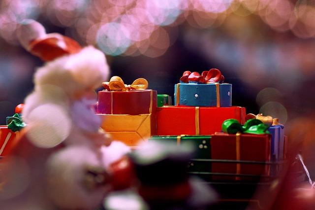 Photo of Savjeti kako ne pretjerati s kupovinom dječjih poklona za Božić