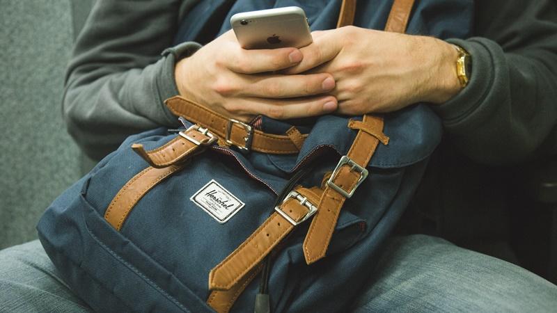 Photo of Iz Kalifornije stiže upozorenje o korištenju mobilnih telefona