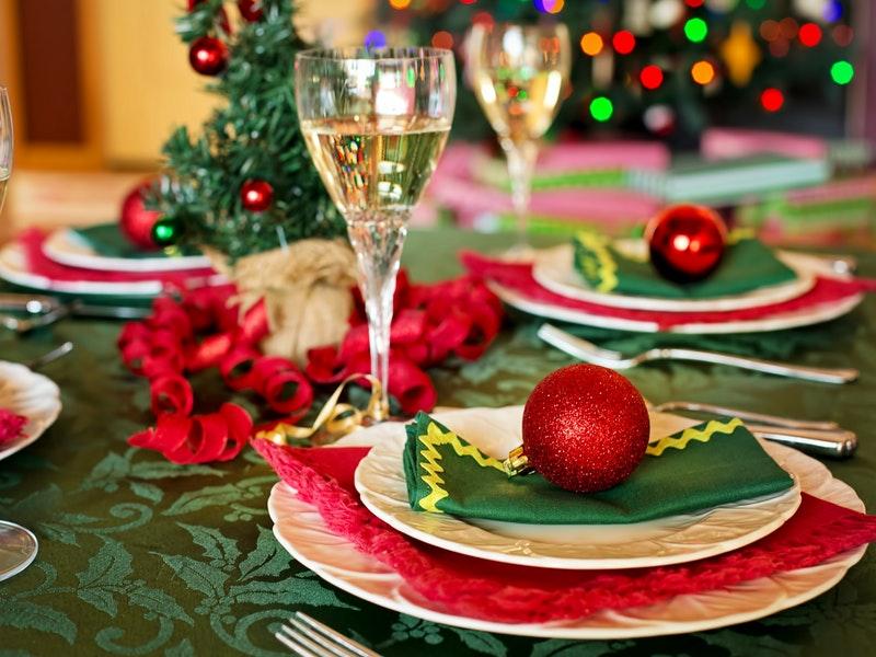 Photo of 10 tema o kojima ne bismo trebali razgovarati na božićnom ručku