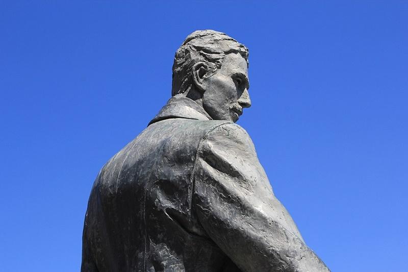 Photo of LIČANIN KOJI JE IZUMIO 20. STOLJEĆE: Na današnji dan preminuo je Nikola Tesla