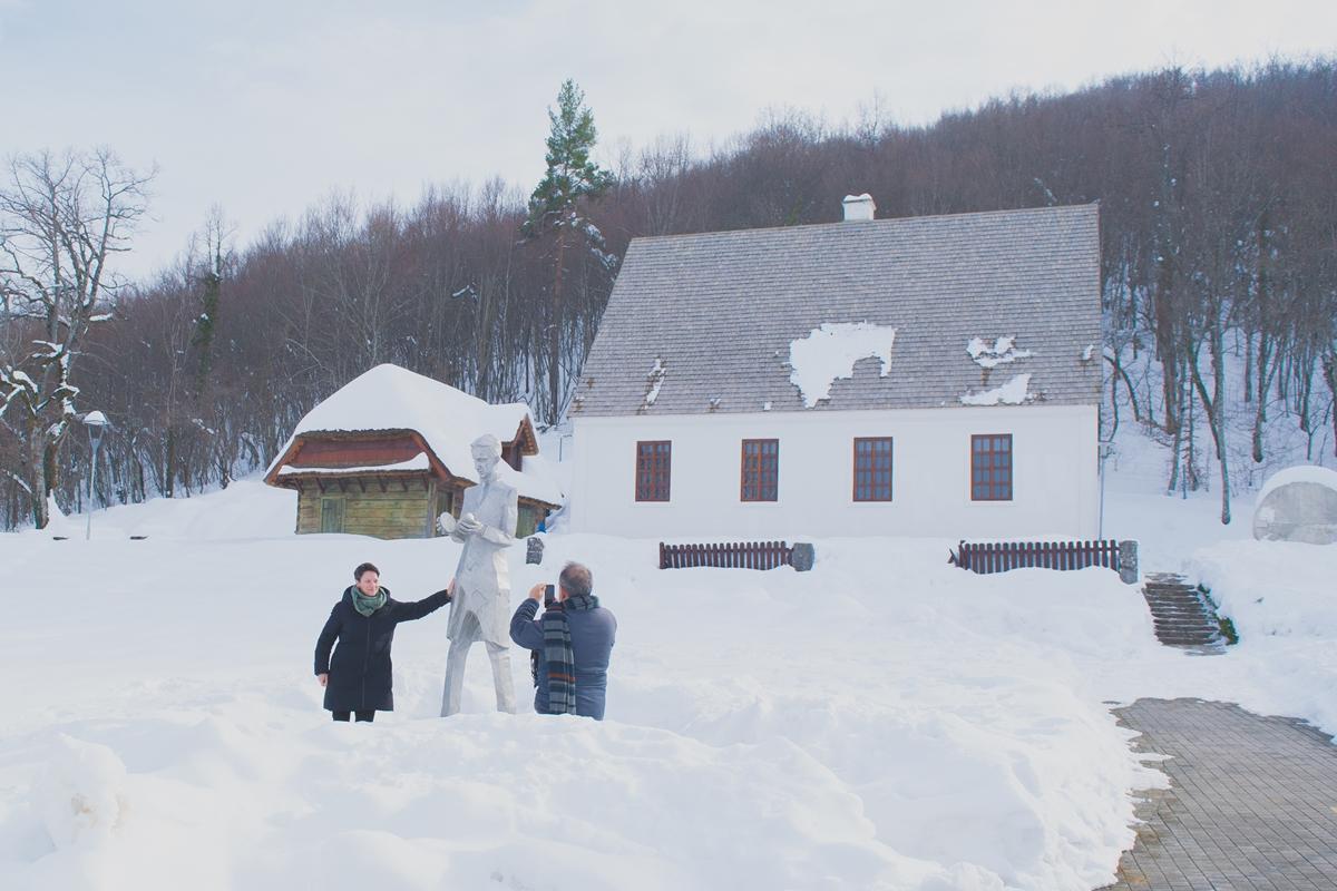 Photo of FOTO Španjolska delegacija kustosa u posjeti Gospiću i Smiljanu