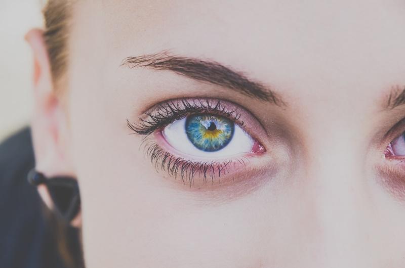 Photo of Znate li što sve spavanje sa šminkom čini vašoj koži lica?