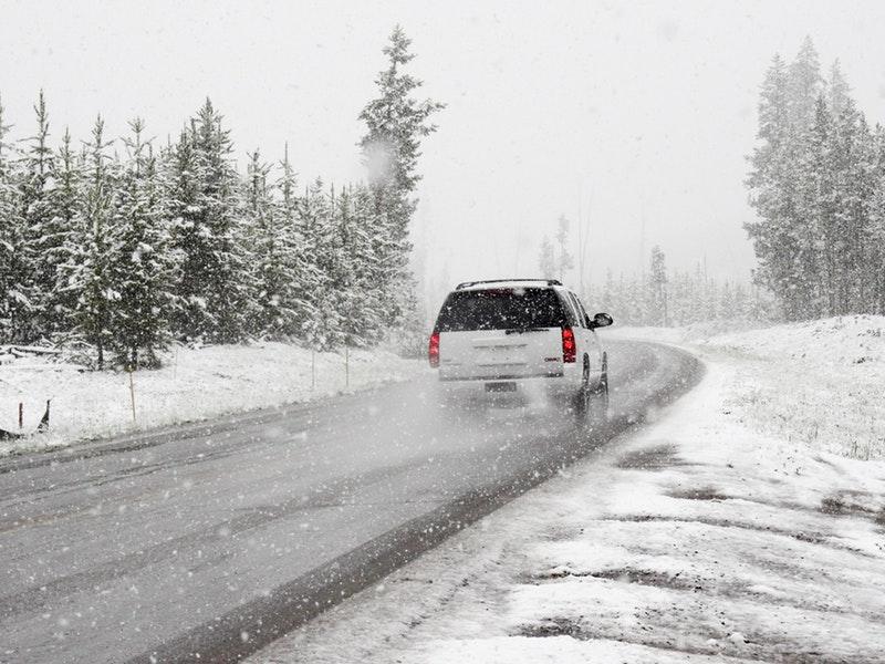 Photo of 7 pravila za vožnju po snijegu i ledu