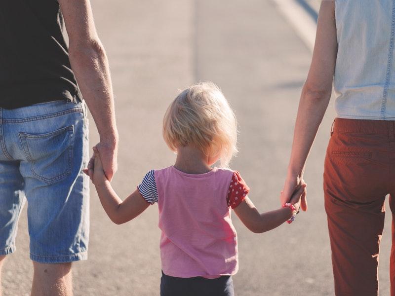 Photo of Državni zavod za statistiku otkriva: Hrvati sve kasnije ulaze u brak i imaju djecu