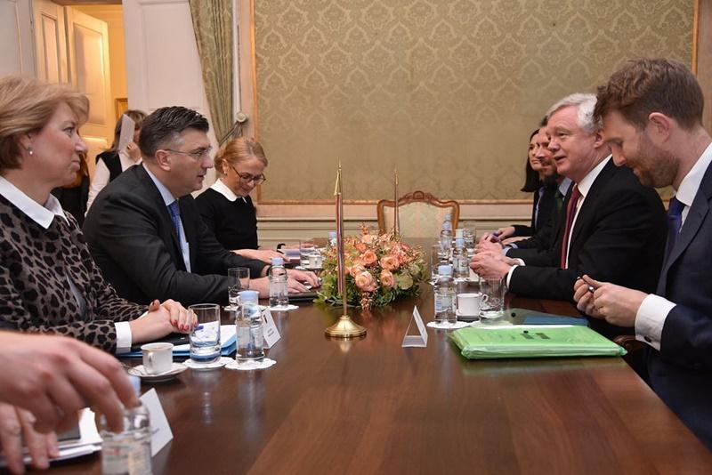 Photo of Predsjednik Vlade Plenković na sastanku s britanskim ministrom za izlazak iz EU Davisom