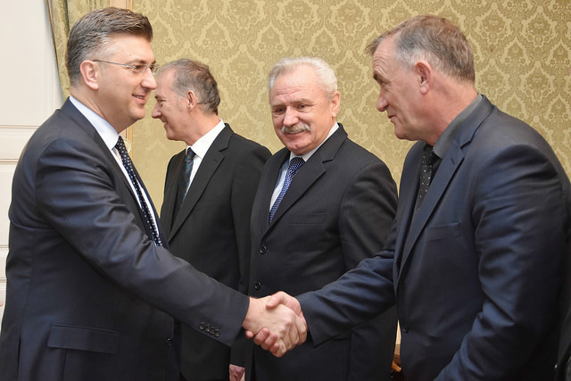 Photo of Predsjednik Vlade Andrej Plenković primio izaslanstvo Viteškog alkarskog društva Sinj