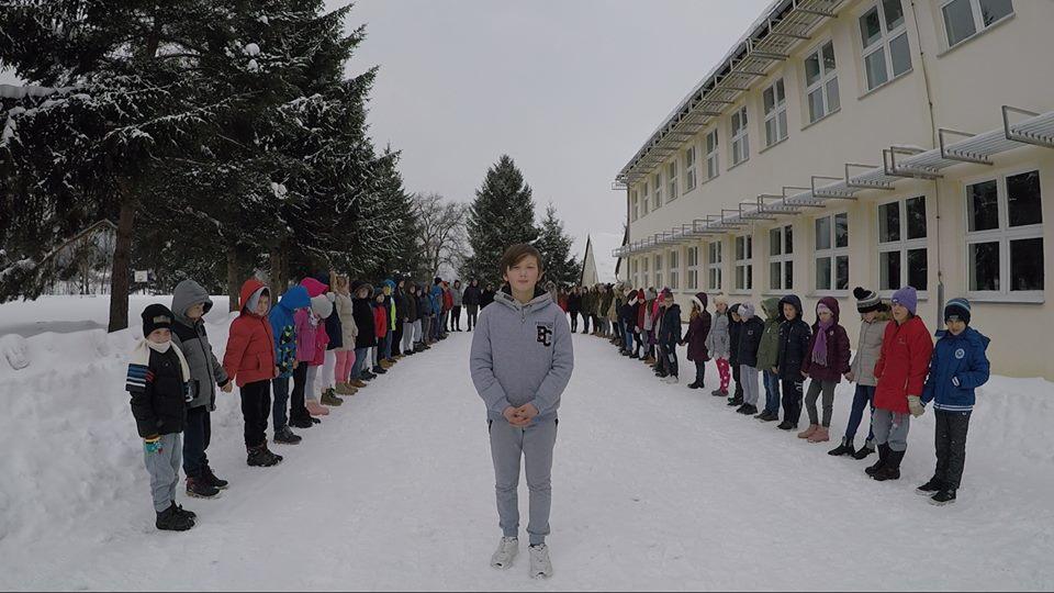 Photo of VRIJEME JE DA SE DOGAĐA NAPOKON ČOVJEK Čudesni spoj poezije i glazbe u novom videu Zvonimira Tonkovića!
