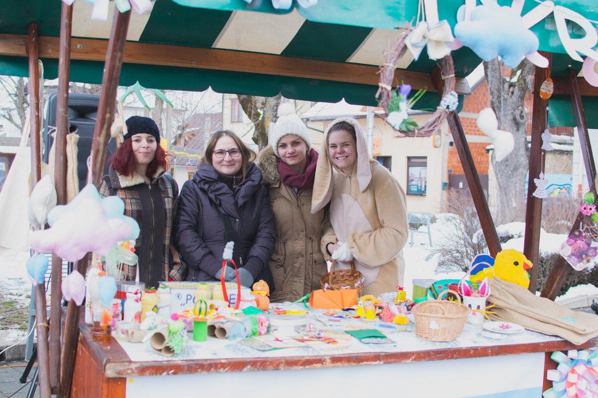Photo of FOTO Pogledajte kako je bilo na Uskrsnom sajmu u Gospiću!