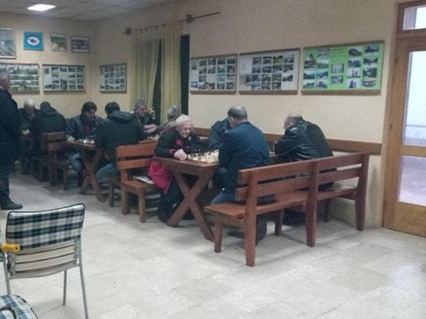 Photo of Šahisti Karlobaga nastupili na turniru u planinarskom domu na Malački