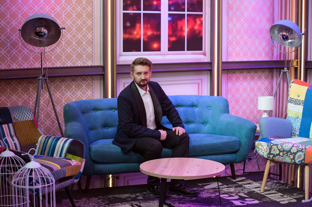 """Photo of Poznati voditelj pojačanje CMC televizije – ove nedjelje počinje """"Dalibor Petko Show""""!"""