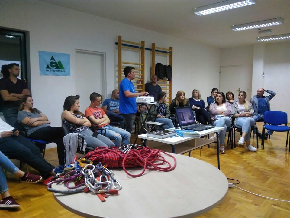 Photo of FOTO Započela je 1. opća planinarska škola u Otočcu