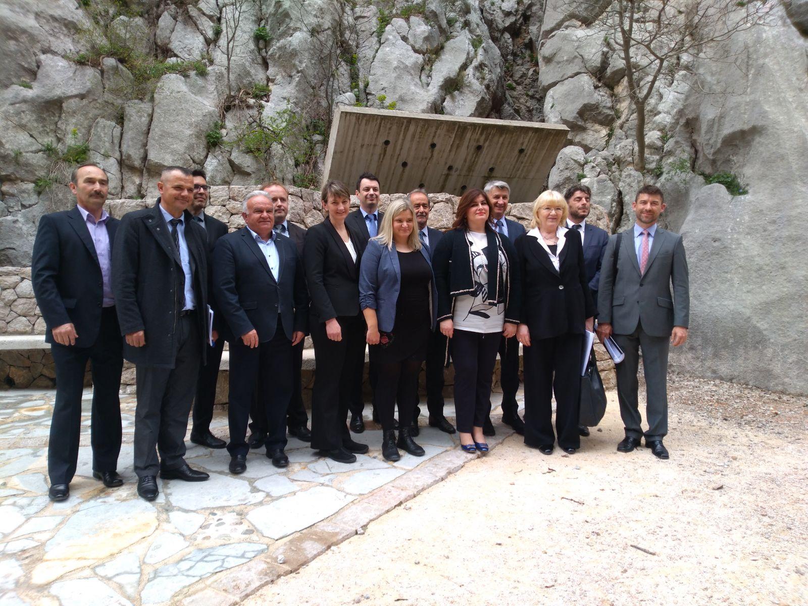 Photo of U Park prirode Velebit stiže skoro 63 milijuna kuna bespovratnih sredstava!