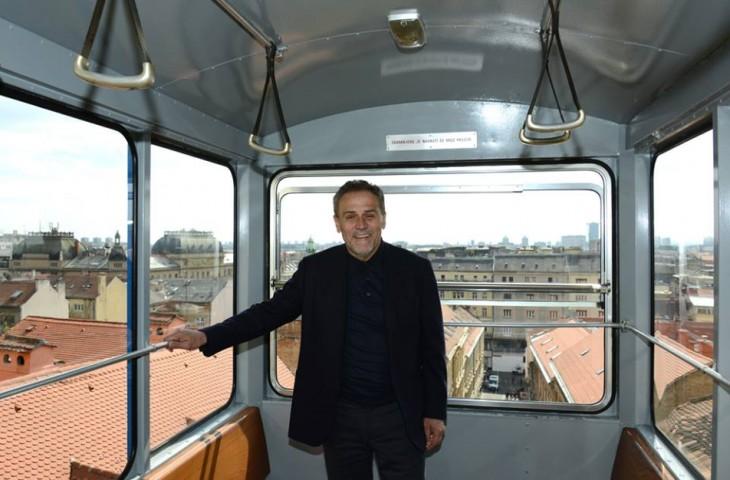Photo of Gradonačelnik Bandić Zagrepčanima čestitao Dan grada
