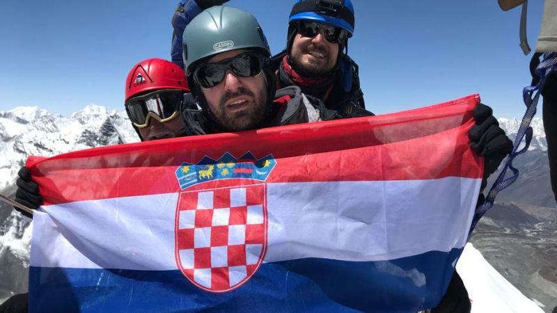 Photo of Trojac iz Zagreba osvojio himalajski vrh u Nepalu