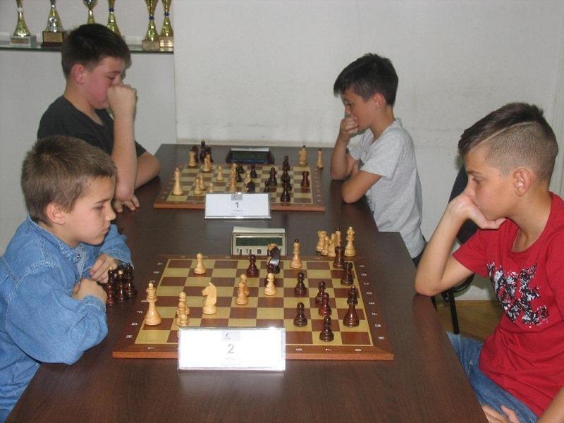 Photo of Gospićki šahisti kadeti uspješni na turniru u Rijeci