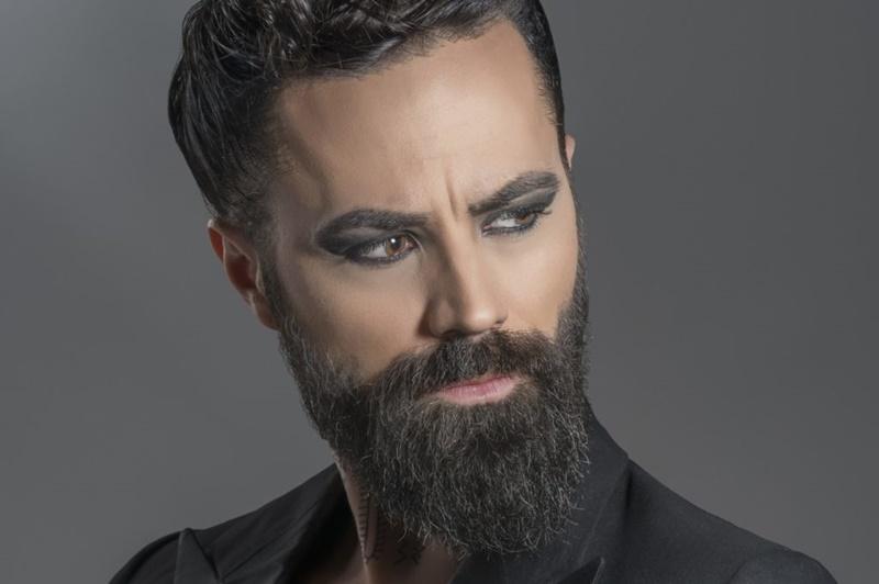 "Photo of Božo Vrećo singlom ""Jelenče"" najavio album ""Melek"""