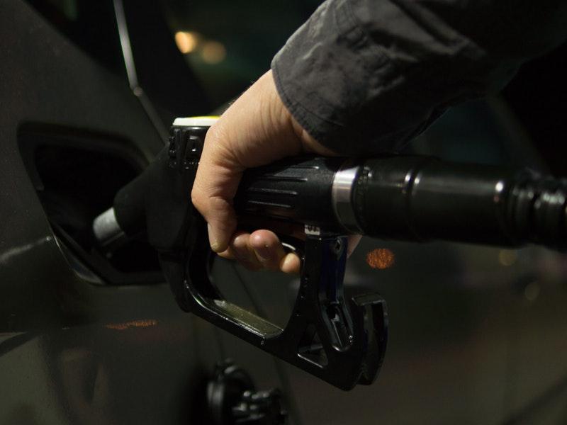 Photo of Gase li se u ličkim gradovima auti protiv visokih cijena goriva?
