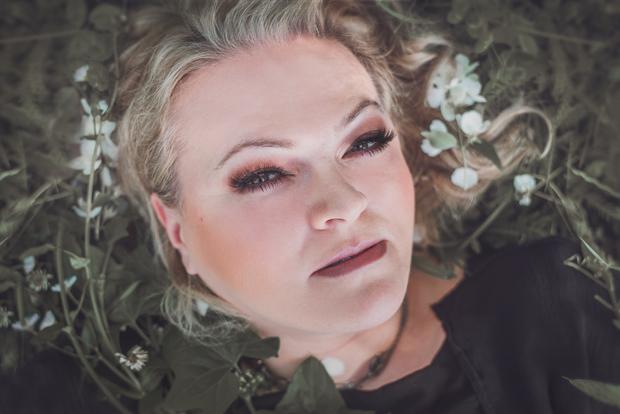 """Photo of Daria Hodnik predstavlja novi singl """"Zagrli me sad"""""""
