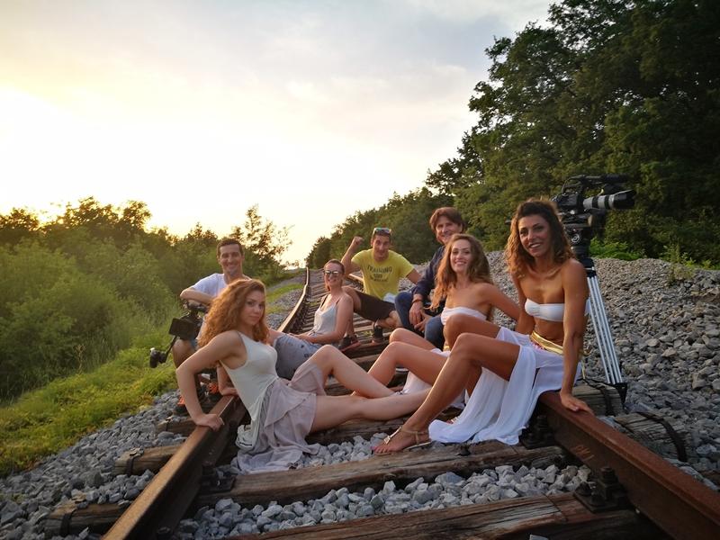 """Photo of Singlom """"Gdje su stali vlakovi"""" Leo najavljuje sedmi studijski album!"""