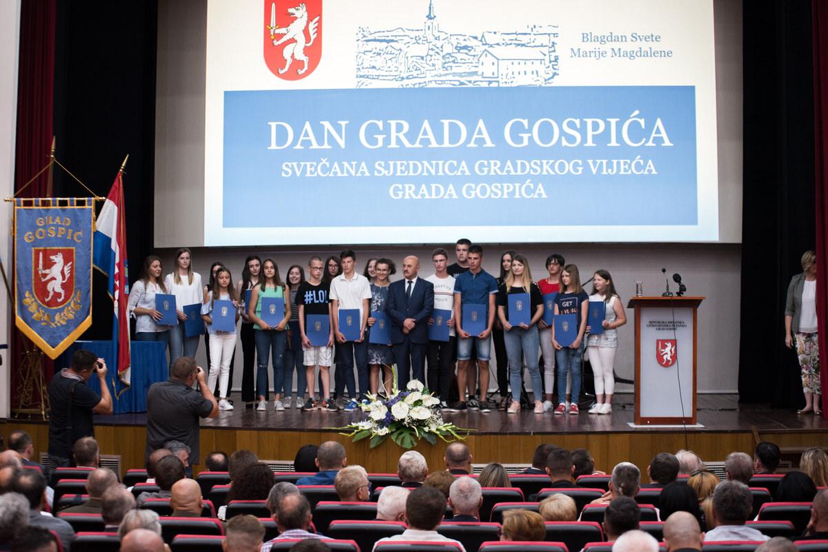 Photo of FOTO Svečana sjednica Gradskog vijeća povodom Dana Grada Gospića