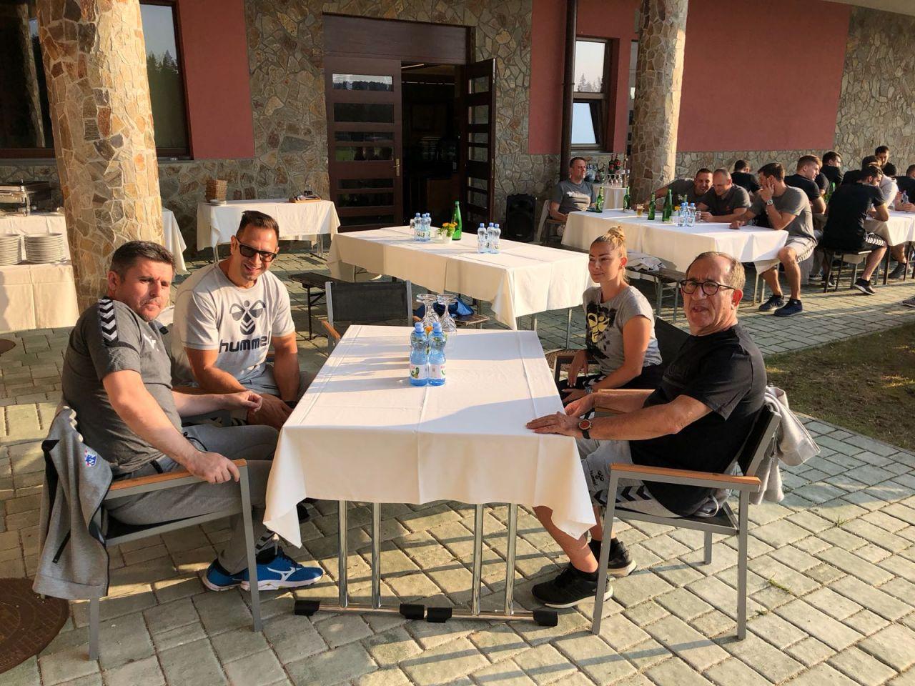Photo of FOTO Sedmi dan priprema na Rogli je rezerviran za – teambuilding!