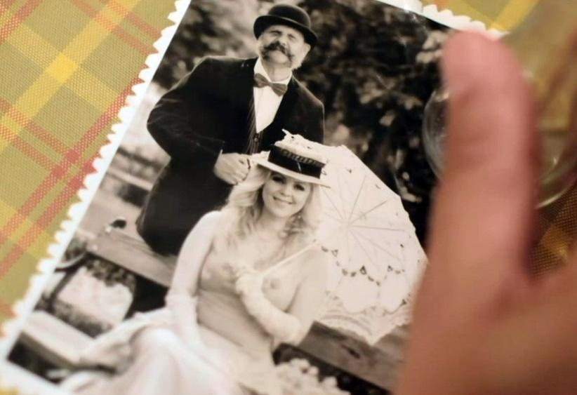 """Photo of Starogradski ugođaj oživljen u novom spotu Blanke Došen, """"Suze sjećanja""""!"""