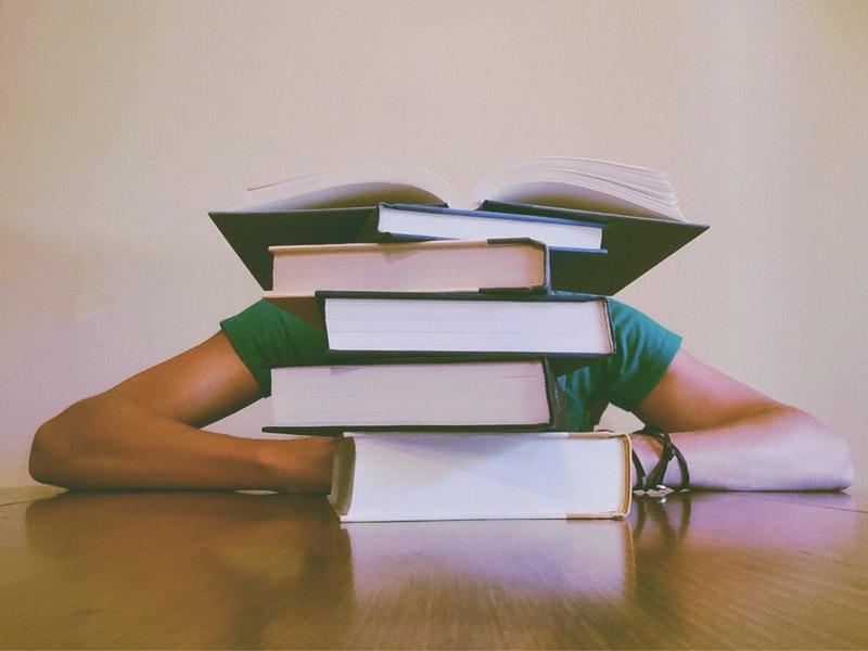 Photo of Koje su prednosti učenja u čitaonicama?