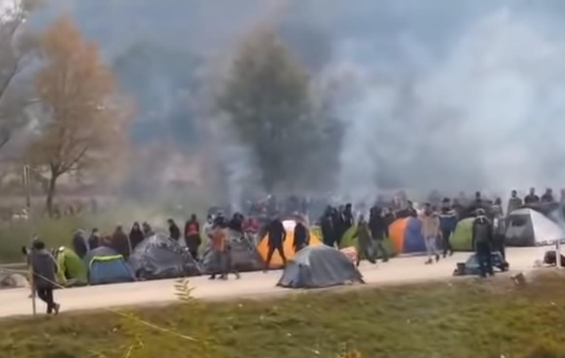 Photo of Maljevac i dalje blokiran, migranti lakše ozlijedili dva hrvatska policajca