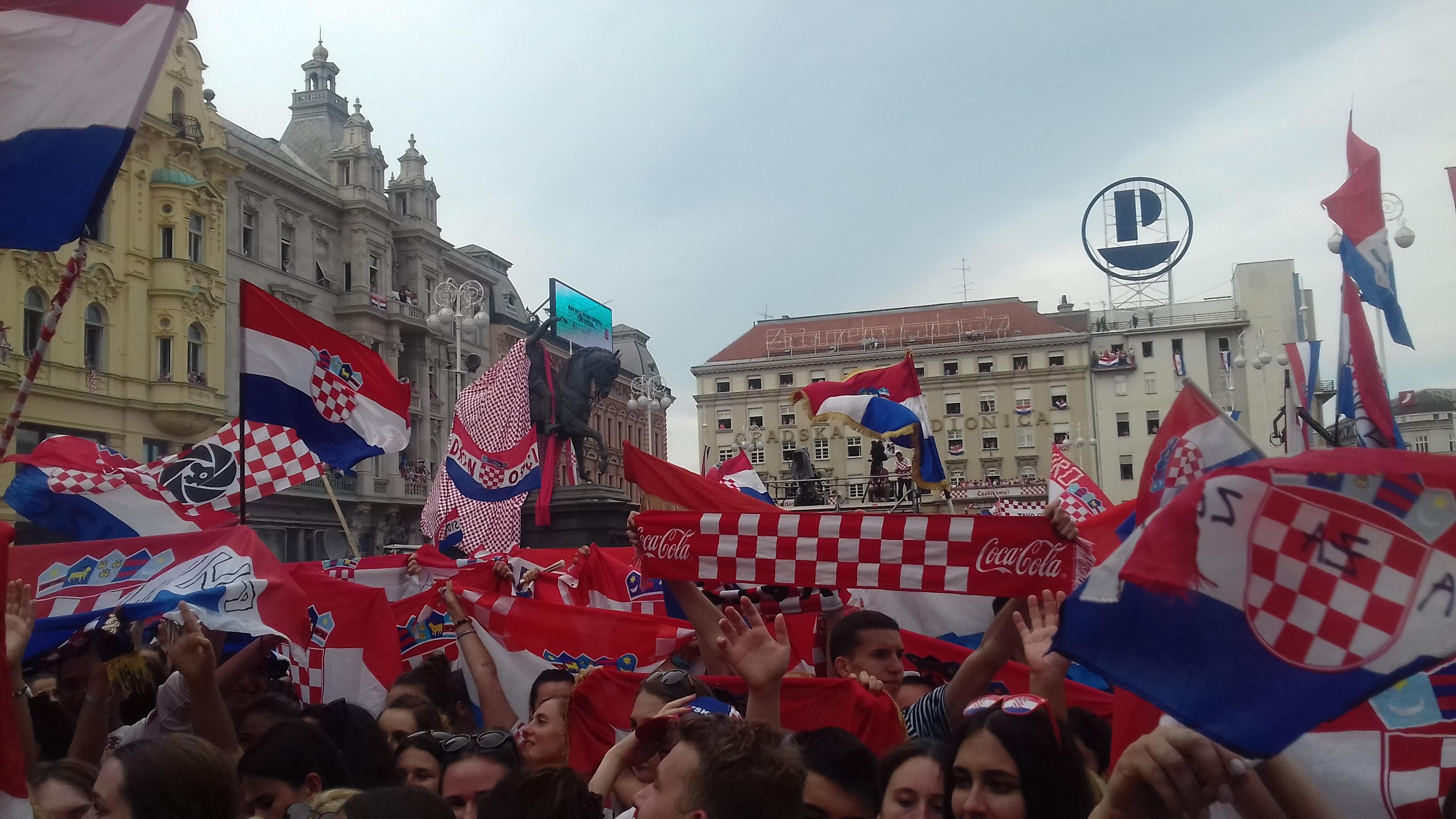 Photo of Gradonačelnik Bandić poziva na svečani doček tenisača na Trgu Bana Jelačića