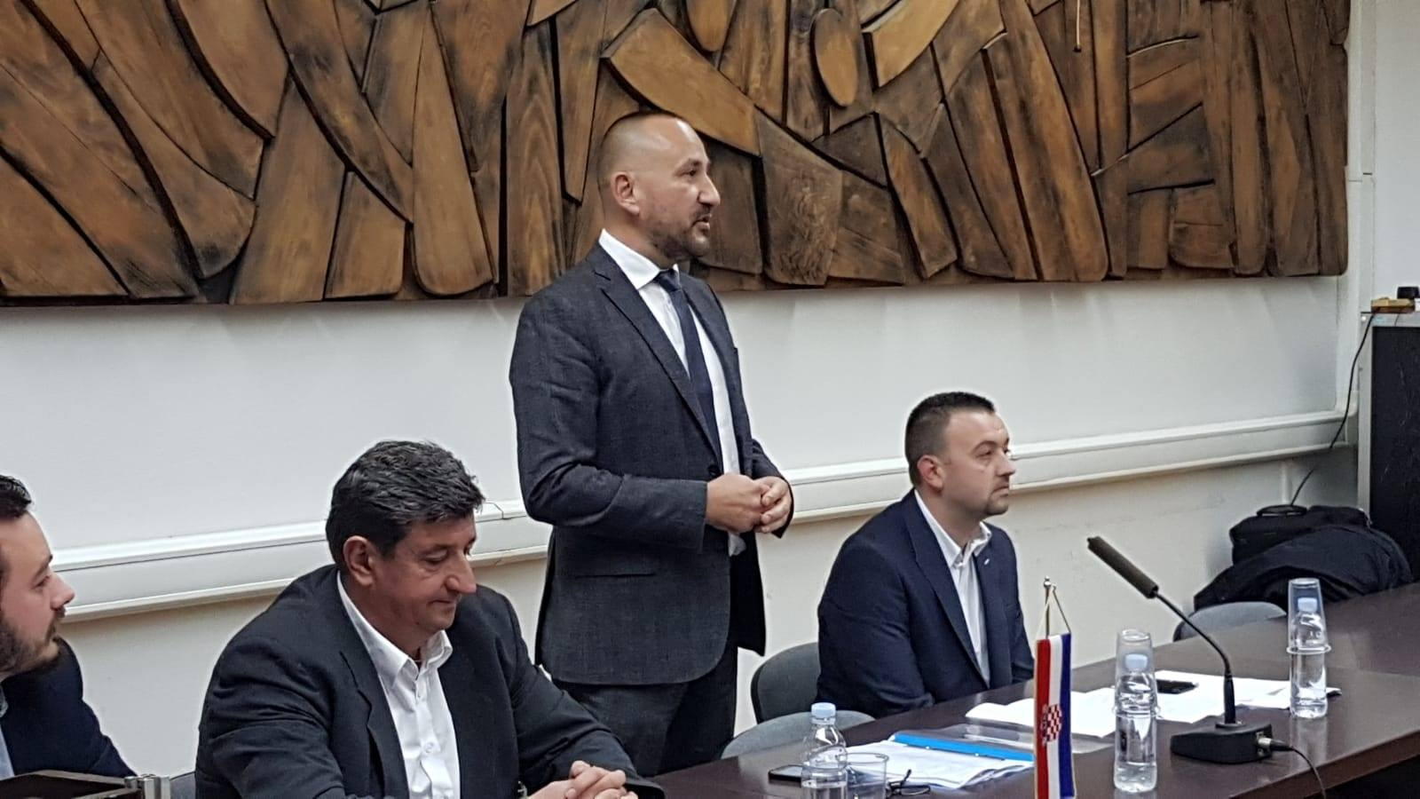 """Photo of HRVATSKI BEDEM: """"Apsolutno smo protiv Marakeškog sporazuma!"""""""