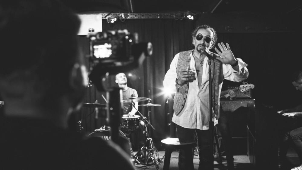 """Photo of Željko Bebek objavio još jedan singl s Porinom nagrađenog albuma """"Ono nešto naše"""""""