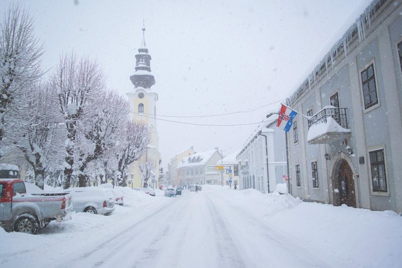 Photo of LEDENO JUTRO U Gospiću jutros izmjereno -10, 6 stupnjeva