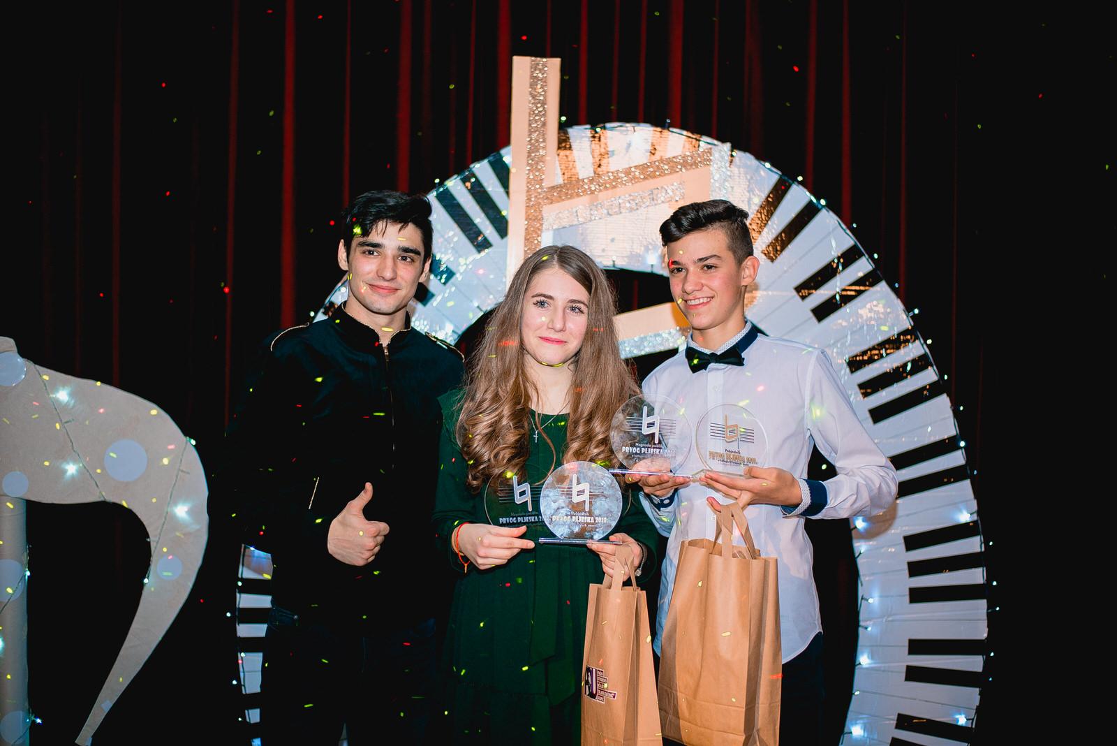 Photo of FOTO Nera Prpić i Mateo Prša apsolutni pobjednici Prvog pljeska!