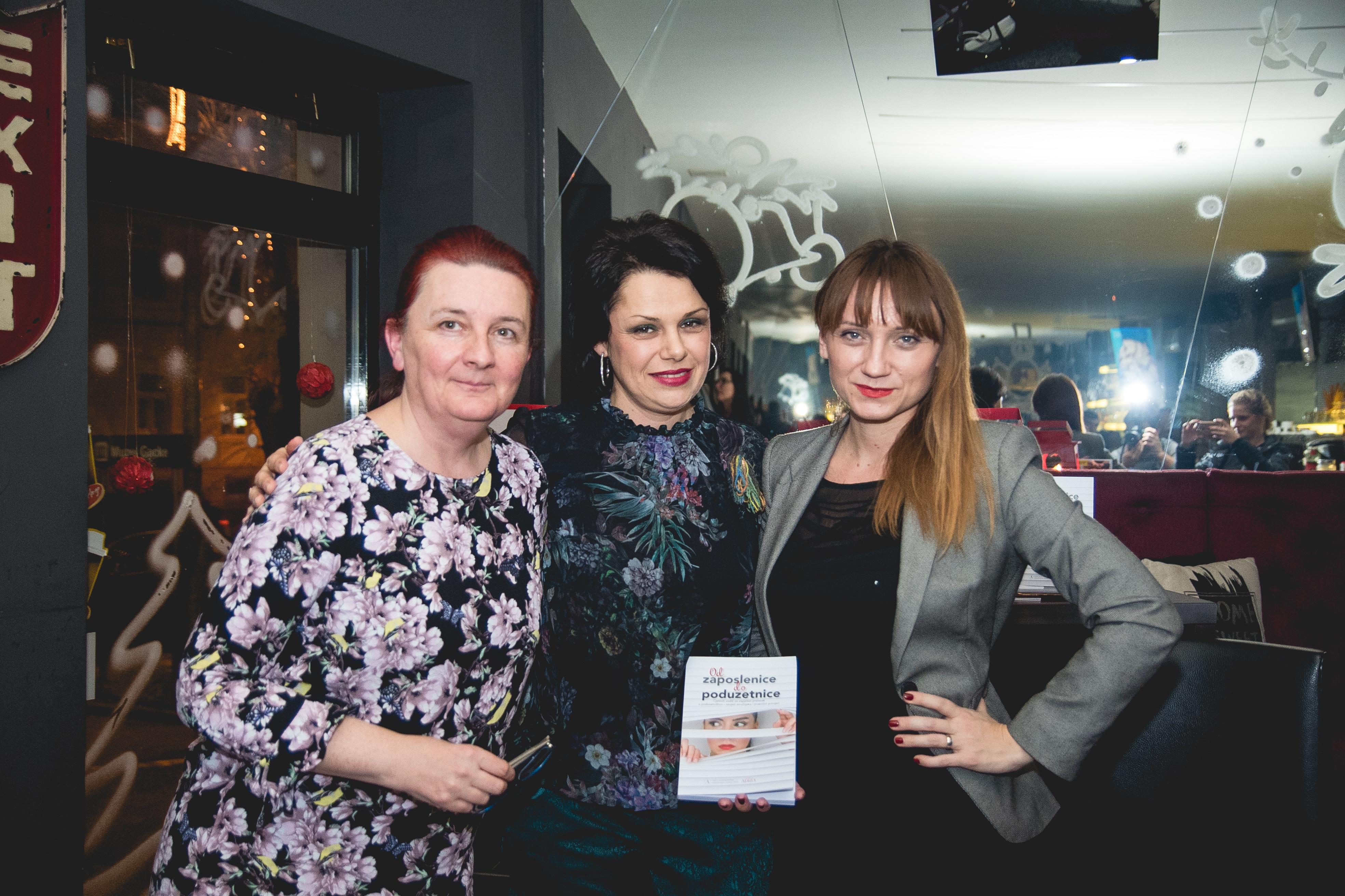 Photo of Žene u Otočcu zaključile svoj dan s promocijom knjige o ženskom poduzetništvu