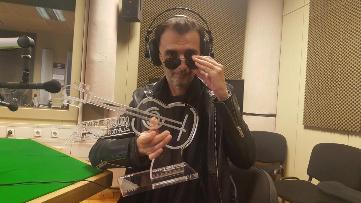 Photo of Goranu Bari & Majkama dodijeljena nagrada Music Pub za album godine