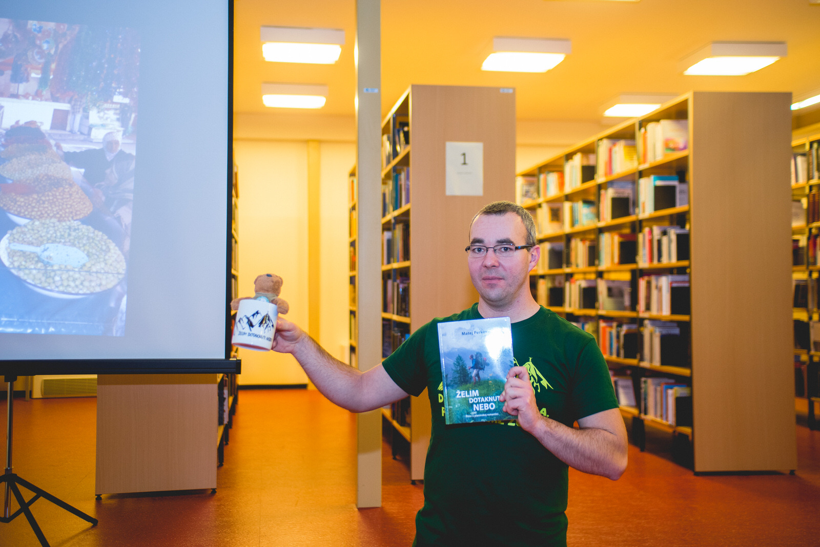 Photo of OD MORA DO VRHA Putopisac Matej Perkov u Gospiću održao predavanje o velikoj ekspediciji u Maroku!