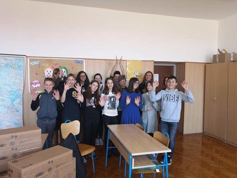Photo of Mali genijalci iz Osnovne škole Lovinac osvojili nova računala