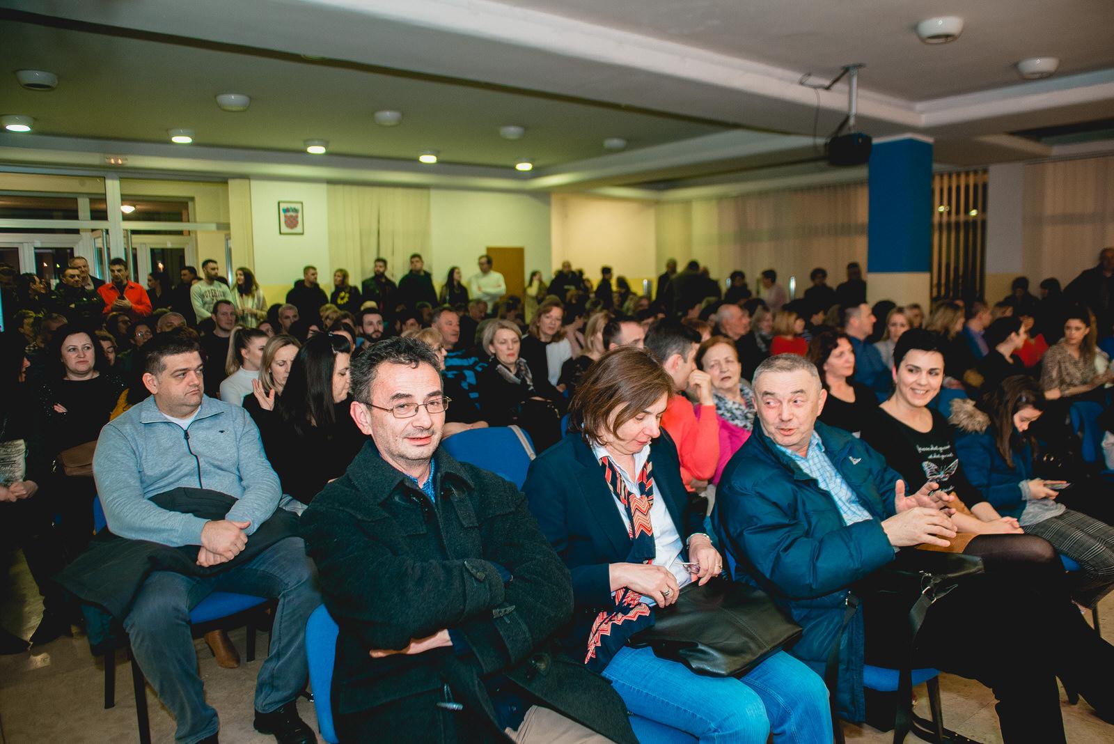 likaclub_koncert-klapa-cambi_kic-gospić_2019-1