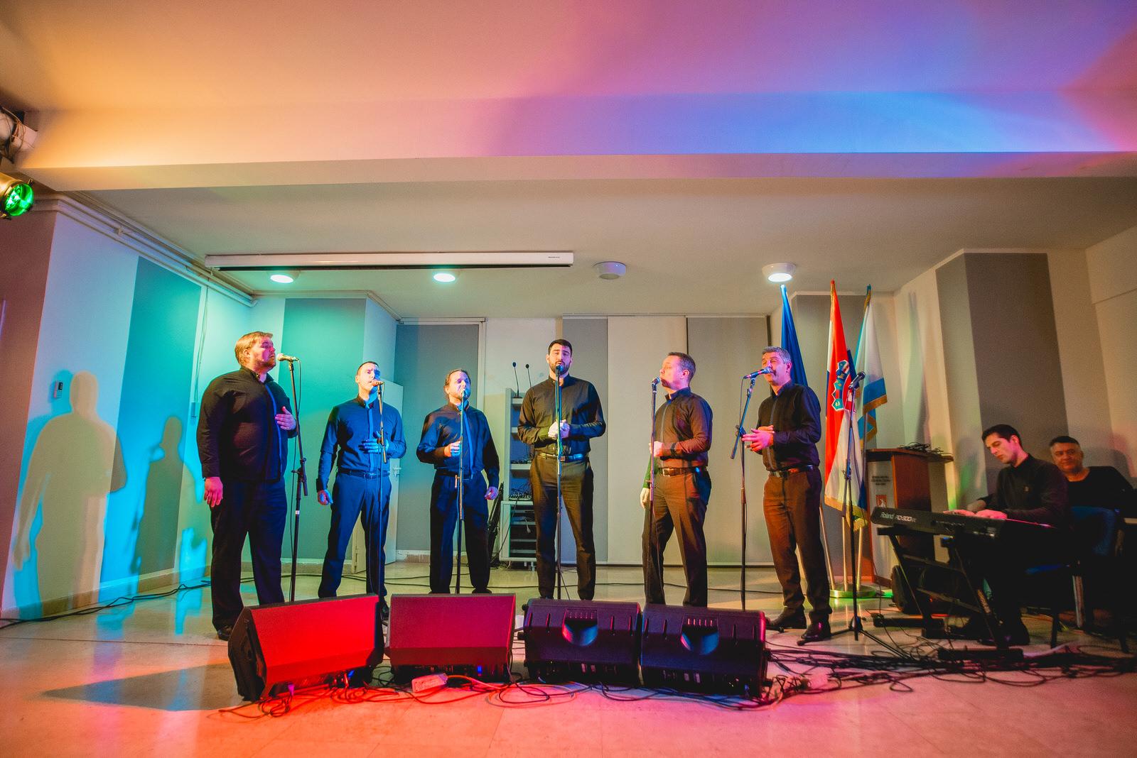 likaclub_koncert-klapa-cambi_kic-gospić_2019-18