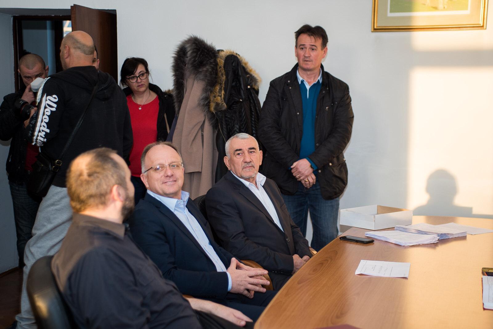 likaclub_politika-gospić_2019_bura-promjena-10
